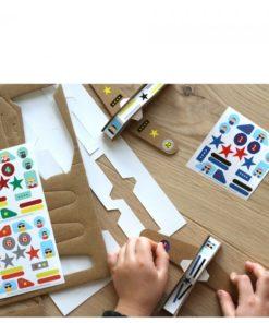 kit créatif avions en carton