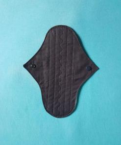 serviette hygiénique noire