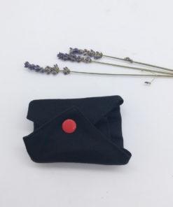 serviette hygiénique noir